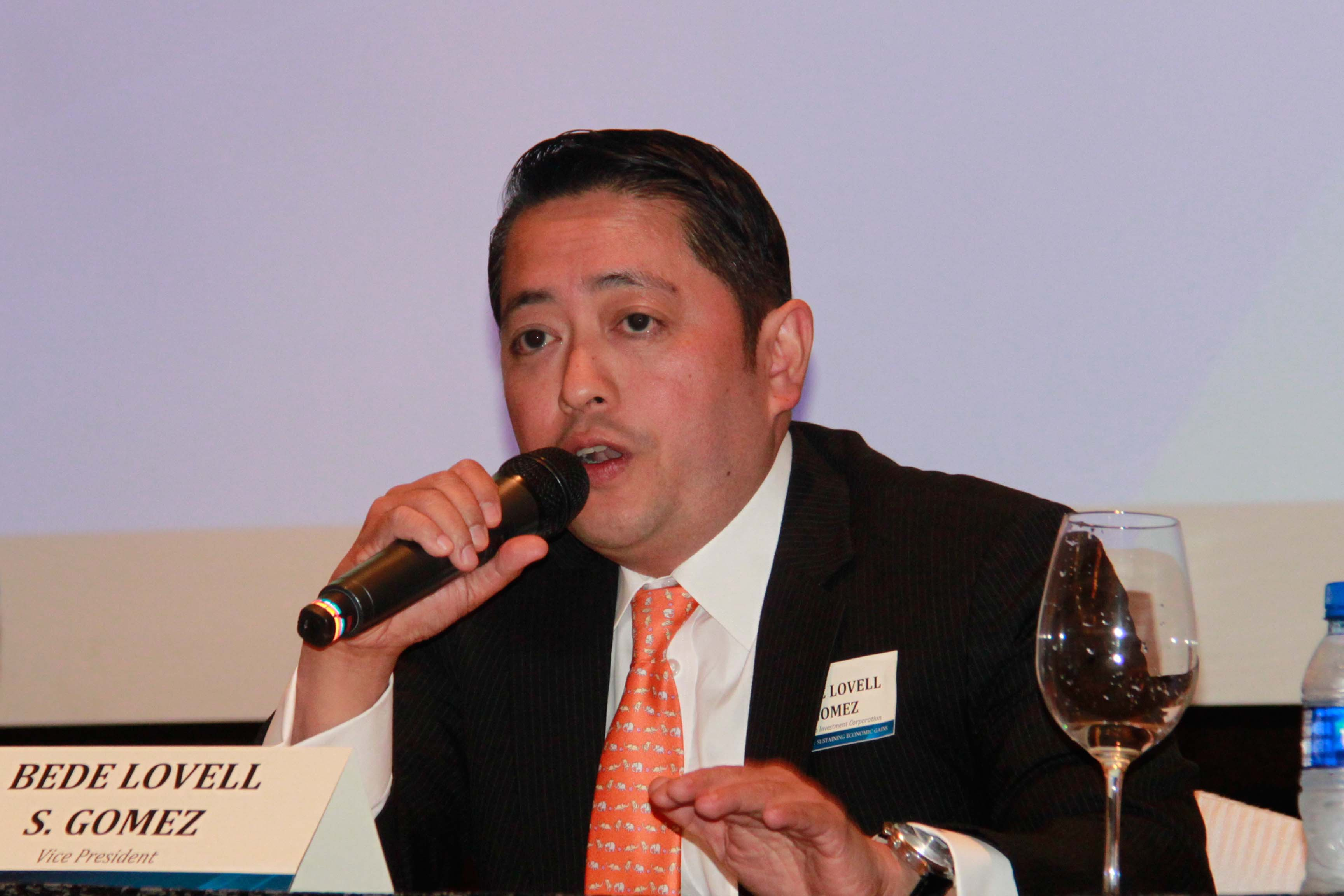 Bede Lovell Gomez, Investment Advisory & Trust Group Head, at the First Metro Annual Economic & Capital Markets Briefing